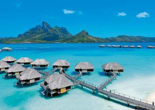 Retrouvez un cocon de sérénité dans votre bungalow sur pilotis à Bora Bora
