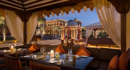 Emirates Palace : Restauration