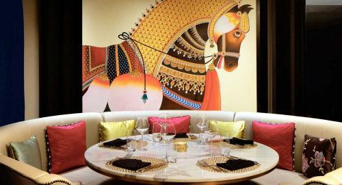 Taj Dubai : Restauration