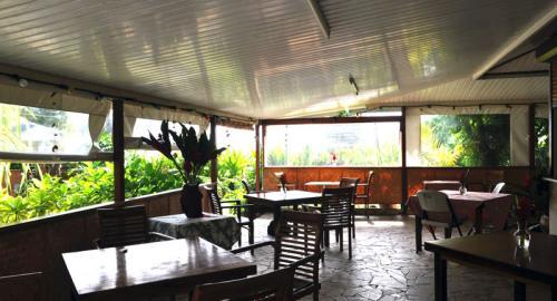 Pension Fare Maeva : Restauration
