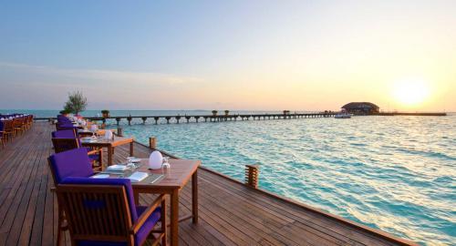 Olhuveli Beach & Spa Maldives : Restauration