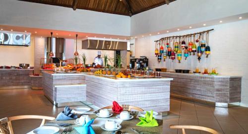 C Mauritius : Restauration