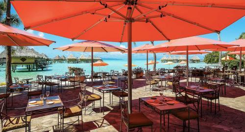 Intercontinental Bora Bora Le Moana Resort : Restauration