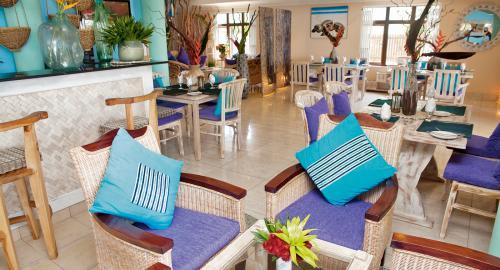 Le Relax Beach House : Restauration