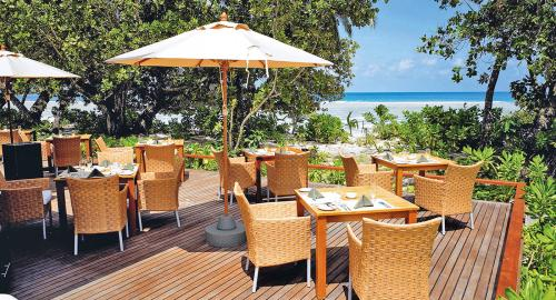 Hilton Seychelles Labriz Resort & Spa : Restauration