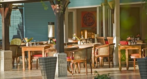 Raiatea Lodge : Restauration