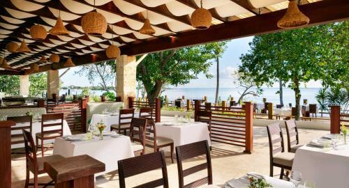 Hilton La Romana : Restauration