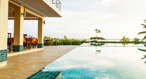 Acajou Beach Resort : Restauration
