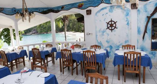 Anse Soleil Beachcomber : Restauration