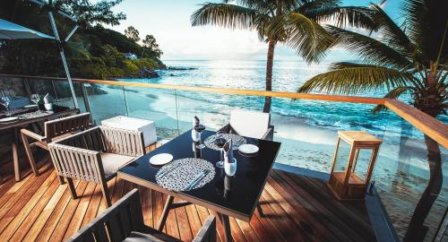 Carana Beach Hôtel : Restauration