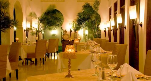 Baraza Resort & Spa : Restauration