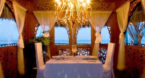 Breezes Beach Club & Spa Zanzibar : Restauration