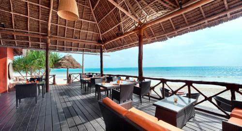 Melia Zanzibar : Restauration